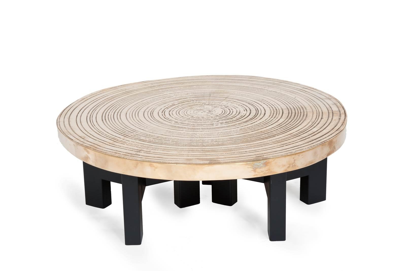 ado chale 39 goutte d 39 eau 39 circular table. Black Bedroom Furniture Sets. Home Design Ideas