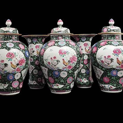 chinese export porcelain rooster garniture