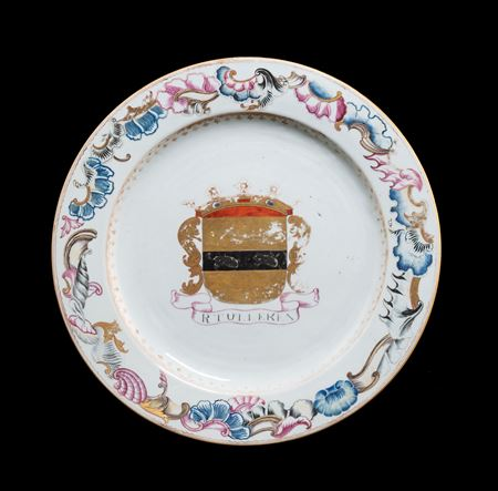Chinese export porcelai armorial charger, arms of Tulleken
