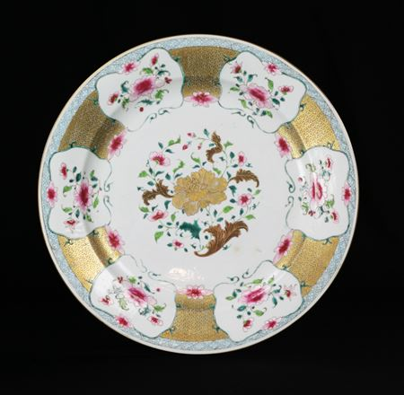 chinese export porcelain famille rose charger