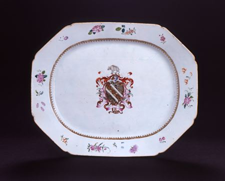 chinese export porcelain armourial meat dish