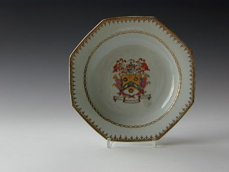 chinese export porcelain ARMORIAL PLATE, arms of Flyght