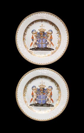 pair of chinese export armorial porcelain dinner plates, belgian market, van den cruyce