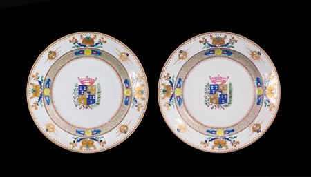 pair of chinese export porcelain armorial chargers, swedish market, arms of höpken