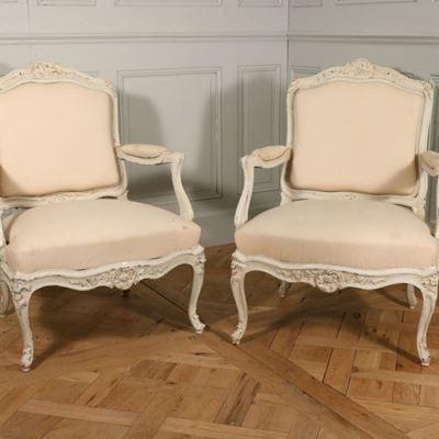 Paire de fauteuils à châssis d'époque Louis XV