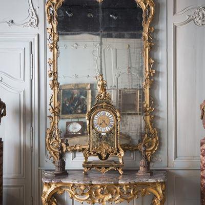 Console bois sculpté et doré époque Louis XV