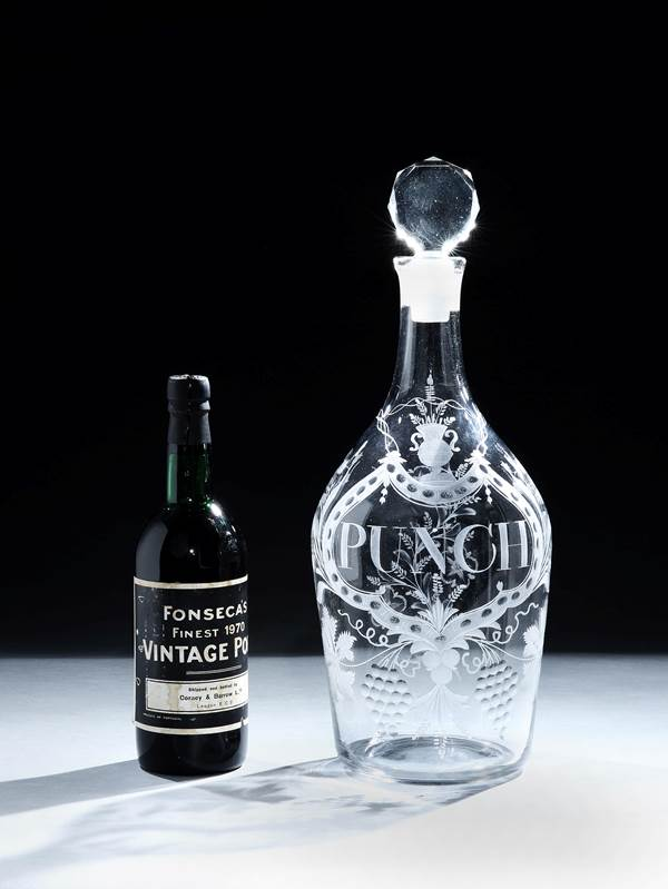 A HUGE GEORGE III ENGRAVED GLASS DECANTER