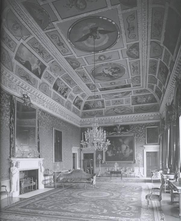 THE BROCKET HALL SETTEE