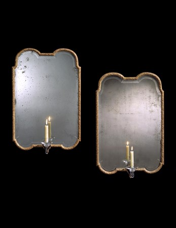 A PAIR OF QUEEN ANNE GILT-GESSO GIRANDOLES