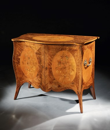 A GEORGE III SATINWOOD AND HAREWOOD COMMODE ATTRIBUTED TO JOHN COBB