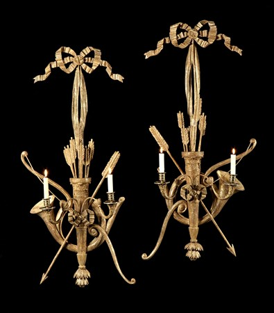 A PAIR OF REGENCY GILTWOOD WALL LIGHTS