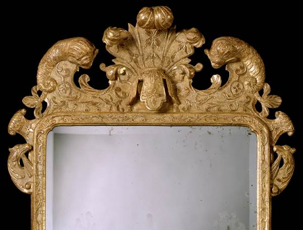 A PAIR OF GEORGE I GESSO MIRRORS