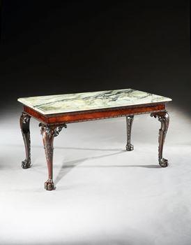 A GEORGE II MAHOGANY SIDE TABLE