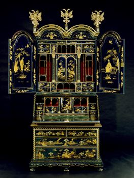 A HIGHLY IMPORTANT GEORGE I BLUE JAPANNED BUREAU CABINET