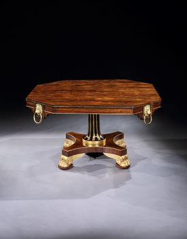 A REGENCY CENTRE TABLE ATTRIBUTED TO MARSH, TATHAM, BAILEY & SAUNDERS