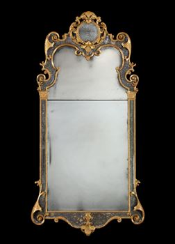 A GEORGE I GILTWOOD MIRROR ATTRIBUTED TO JOHN GUMLEY