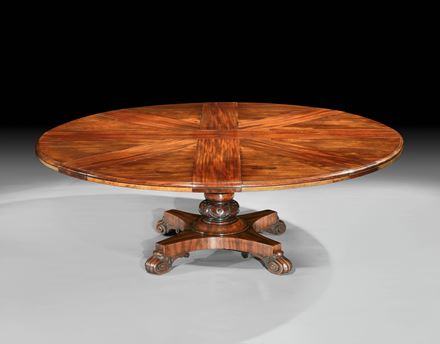 A VICTORIAN MAHOGANY RADIALLY EXTENDING DINING TABLE BY JOHNSTONE & JEANES, No. 484