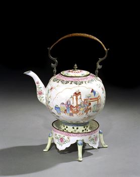 A GEORGE II PERIOD CHINESE EXPORT CANTON ENAMEL TEA POT ON STAND