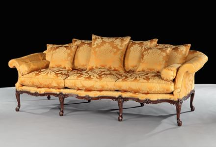 A GEORGE II MAHOGANY SETTEE ATTRIBUTED TO WRIGHT AND ELWICK