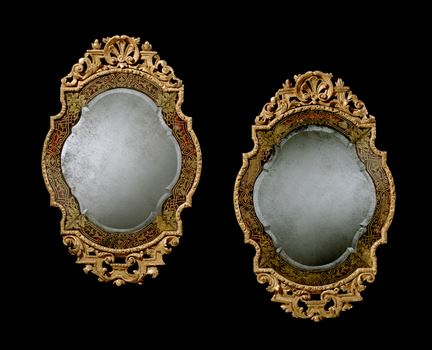 A HIGHLY IMPORTANT PAIR OF WILLIAM AND MARY MIRRORS