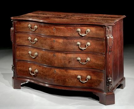 AN IMPORTANT MID 18TH CENTURY CARVED MAHOGANY SERPENTINE COMMODE