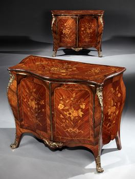 A PAIR OF GEORGE III KINGWOOD AND ARMARANTH MARQUETRY COMMODES ATTRIBUTED TO PIERRE LANGLOIS