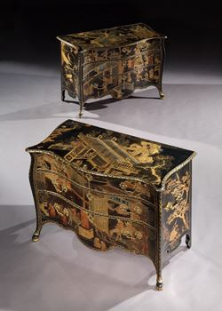 THE ST. GILES HOUSE COMMODES