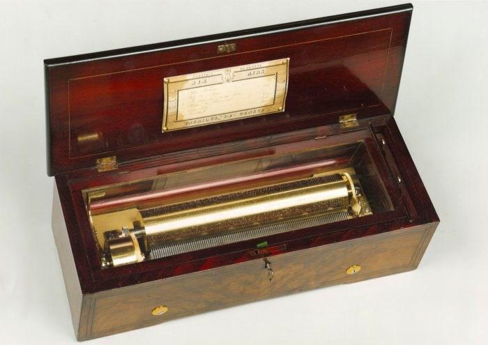 Music Box by Du Commun, Geneva, circa 1860. Raffety Clocks