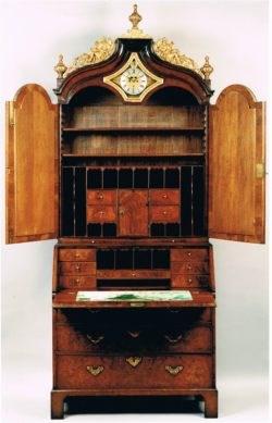 George II period walnut bureau with clock by John Drury, London. Raffety Antique Clocks